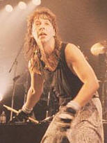 Rock On Stage Stage News Principais Notícias de Heavy Metal b7c8434079d